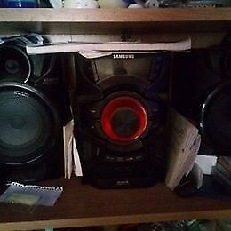 Samsung GIGA Sound Blast Cd Radio