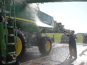 POWER WASHING CLEANING FOR AGRICULTURAL EQUIPMENT