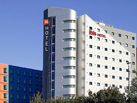 Hotel Reservation 18-20 Dec for Sale - Ibis Leeds holiday on Roomer Rebooking Now only £30 2 nights