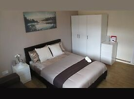INSANE PRICES - BOOK NOW MOVE IN ANYTIME - AMAZING DOUBLE ROOMS 50%OFF IN CANNING TOWN