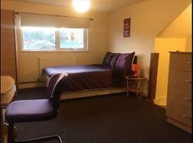 Unique, nice ensuite room close to Brixton