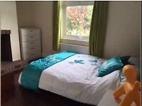 very cozy DOUBLE ROOM next to BRIXTON STATION