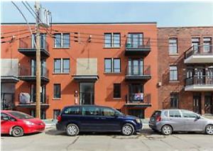 2 BR (750 PER ROOM) for rent in spacious St. Henri Condo OCT 1st