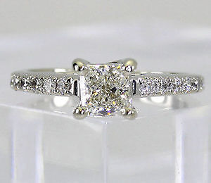 .80 ctw Radiant Cut Diamond Engagement Ring 14kt WG