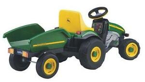 Peg Perego - John Deere Farm Tractor with Trailer Ride-on- NEW/BOXED!