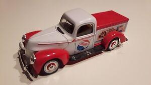 Pepsi Cola Diecast Truck 1/24 Scale No Box