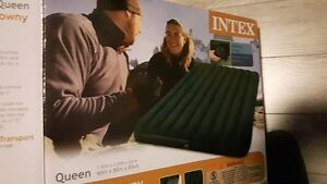 Intex Queen Inflable Bed New In Box