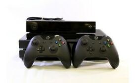 Xbox One 500GB, Kinect & 2 Controllers