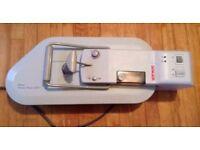 Singer compact steam press MODEL CSP1