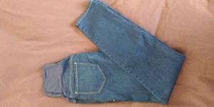 Old navy size 4 maternity skinny jeans