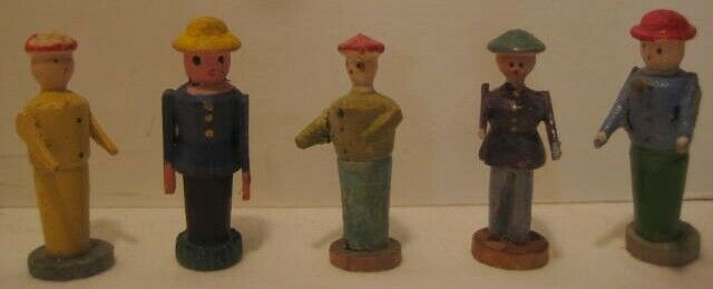 5 Old Wood Carved Tiny German Erzgebirge Putz Christmas Village People w/ Bases