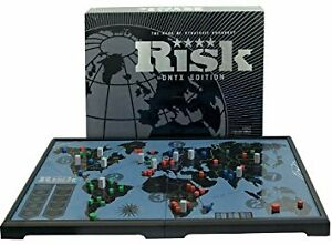 RISK ONYX EDITION BOARD GAME (EXCELLENT CONDITION)