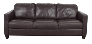 NATUZZI BROWN LEATHER THREE CUSHION COUCH