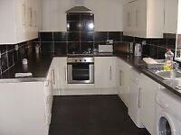 5 bed student house, SUMMER HALF RENT, Close to university, transport, city, hospital Oxford Rd