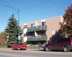 Geneva Apartments - STUDENTS - $650/m on 8 Month Lease - ...