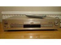 Sony DVP-S715 DVD/CD player