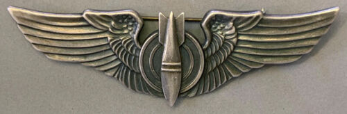 WW2 US Army USAAF Bombardier Sterling Wing Pin Back Full size 3 inch Juarez