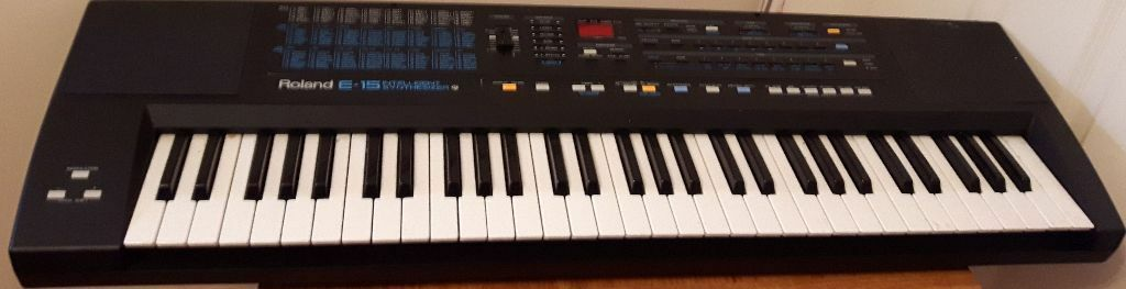 used roland e 15 intelligent synthesizer musical keyboard in northampton northamptonshire. Black Bedroom Furniture Sets. Home Design Ideas
