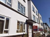 TWO BEDROOM APARTMENT, UNFURNISHED, CLOSE TO ALDRINGTON TRAIN STATION