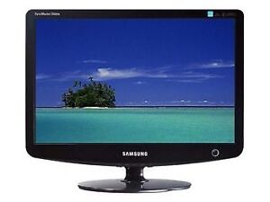 """Samsung SyncMaster 932 B Plus, 19"""" LCD Computer Monitor (Mint)"""