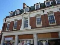 Spacious two double bedroom light bright flat in the centre of Worthing.