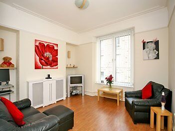 *Reduced* Bright and Airy 1 Bedroom 1st Floor Flat