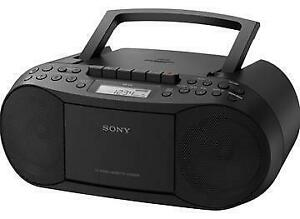 SONY CFD-S70 PERSONAL AUDIO SYSTEM CD MP3 CASSETTE FM/AM PORTABLE BOOMBOX - REFURBISHED $49