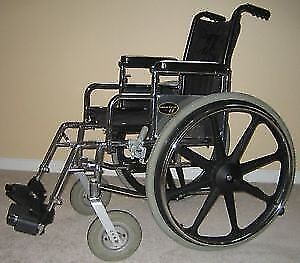 Everest & Jennings Metro LE Wheelchair
