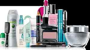 Would you like to see the latest Avon brochure? Free gift bag! Cambridge Kitchener Area image 1
