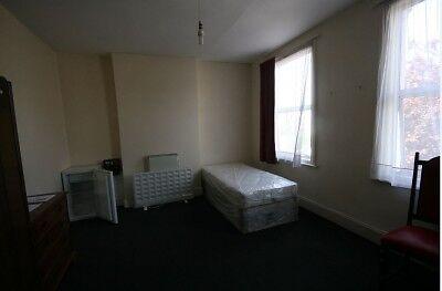 Large Single Studio Room in SE14