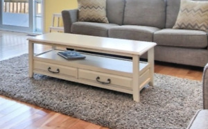 Table basse et table d'appoint blanches