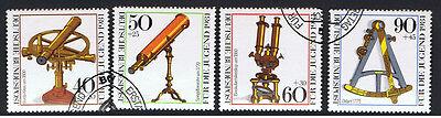 GERMANIA 4 FRANCOBOLLI PRO GIOVENTU STRUMENTI OTTICI 1981 timbrato