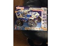 meccano 25 model set motorized brand new aged 7- 12..
