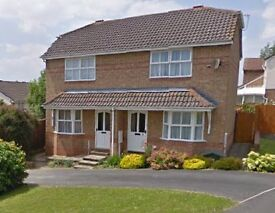 2 Bedroom House in Roundswell Barnstaple - Modern, good sized rooms, garden and off street parking