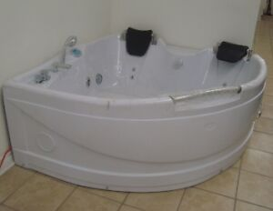 WHIRLPOOL AEROMAX SYSTEM WITH 12 TURBO JETS - CORNER DOUBLE 248