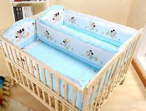 Multifunctional Solid Wood Twin Baby Crib  With Wheels