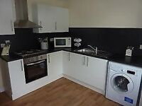 2 BED ON CLIFTON ROAD WITH PARKING