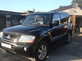 4 X 4 MITSUBISHI SHOGUN 3.2 DI-D ELEGANCE AUTO FULL LEATHER HEATED SEATS 7 SEATS NEW TYRES ALL ROUND