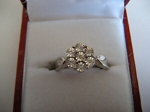 Brand New Sterling Silver Diamond Ring (7 Diamonds)