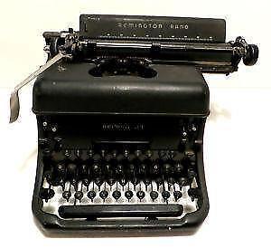 remington typewriter ebay. Black Bedroom Furniture Sets. Home Design Ideas