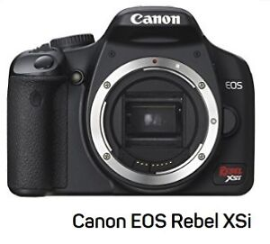 Canon EOS Rebel XSi - 12MP - Body Only +2 Camera Bags
