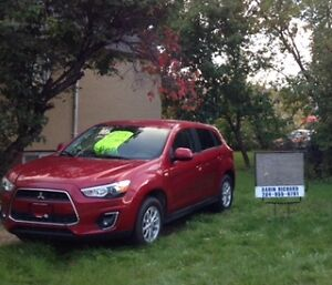 SNOWS COMING !! 4x4 2013 Mitsubishi RVR MINT CONDITION ,LOW KMS