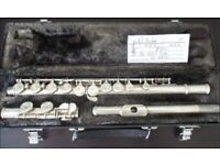 Yamaha Flute 1 x used Yamaha YFL 225S Silver flute in C in case