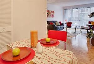 Cote des Neiges and Decelles Ave: 3355, chemin Queen Mary, 2BR