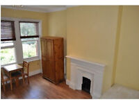 Good Sized Double Studio in W4