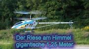Riesen Hubschrauber