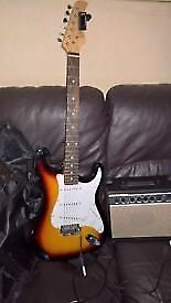 Stretton Payne Stratocater Electric Guitar Package with Amplifier sunburst £ 100