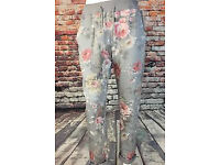 15 x pairs of floral Italian womens trousers brand new with tags