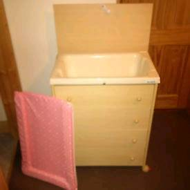 Baby Changing station with drawers (brevi)