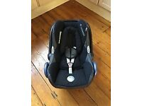 maxi cosi car seat with easybase the isofix will fit in any car all in excellent condition